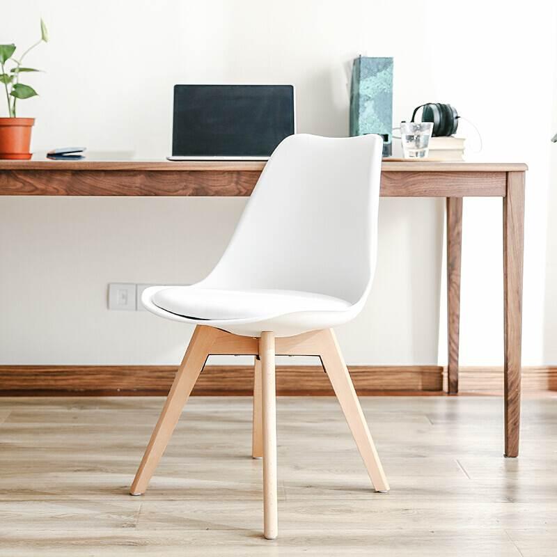 Ghế eames nệm chân lớn gỗ sồi kho nội thất sài gòn
